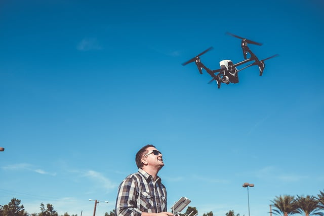 flying 2590495 640 - Things to do Before leaving home with a drone