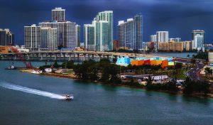 city 652887 640 300x176 - drone in miami