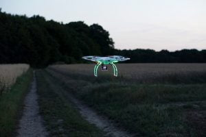 drone 2554177 640 300x200 - drone traveling